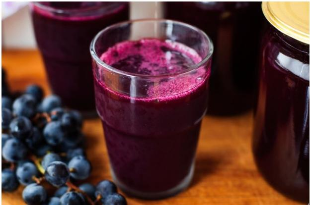 Vinho tinto ou suco de uva