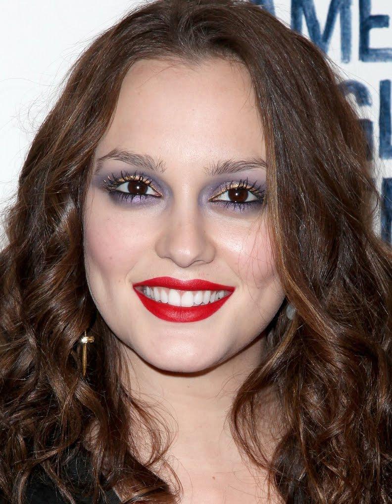 Erros de maquiagem: sombra roxa em excesso.