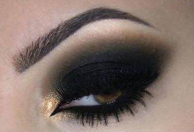 Olho esfumado com preto, marrom e dourado