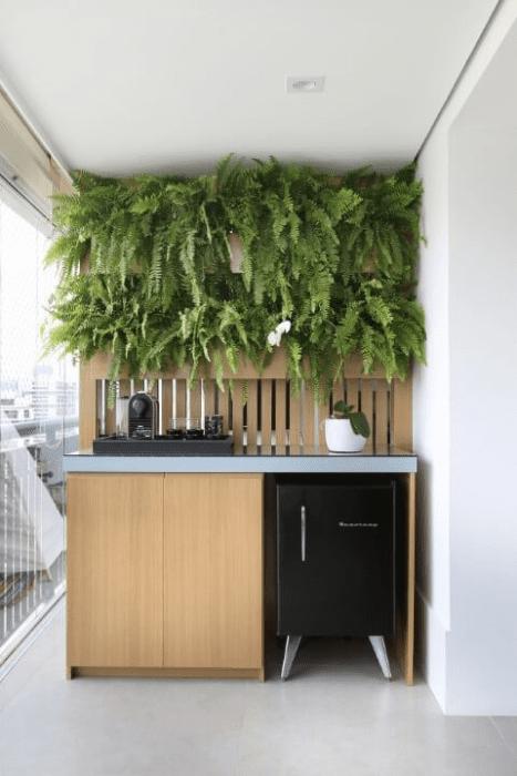 Como montar uma parede verde.