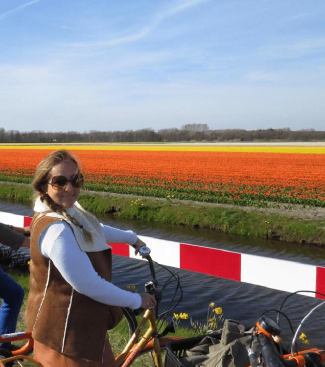 Passeio de bicicleta na Holanda.