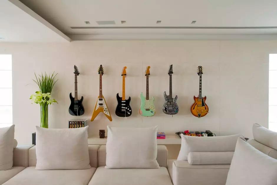 Decore com sua guitarra