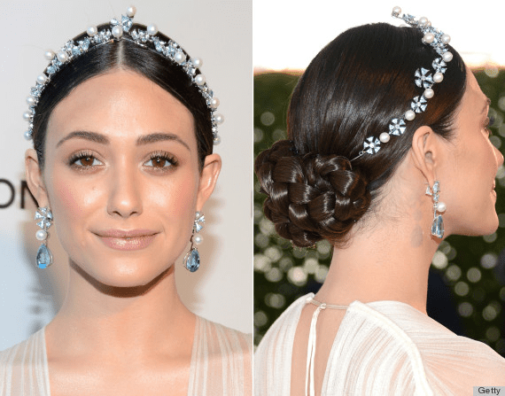 Cabelos com tiara