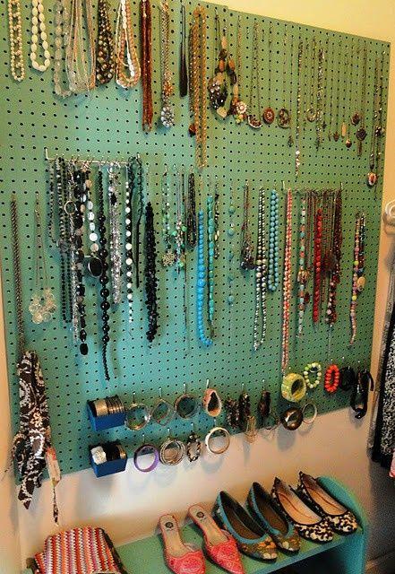 Como organizar bijuterias.