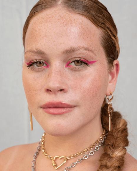 Maquiagem rosa: ideias de delineador.
