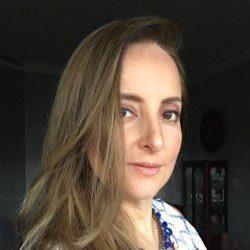 Marcia Bruno editora do Blog Almanaque da Mulher.